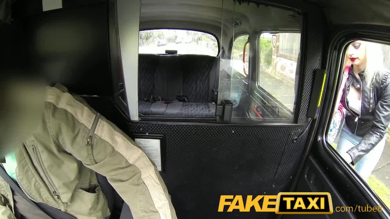 Порно приколы в такси 4