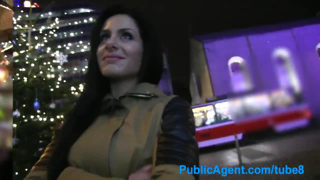 Порно ролики, порно женщина в переулке