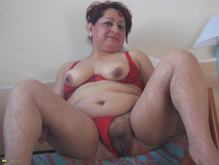 Порно фото пухлых матюрок 67421 фотография