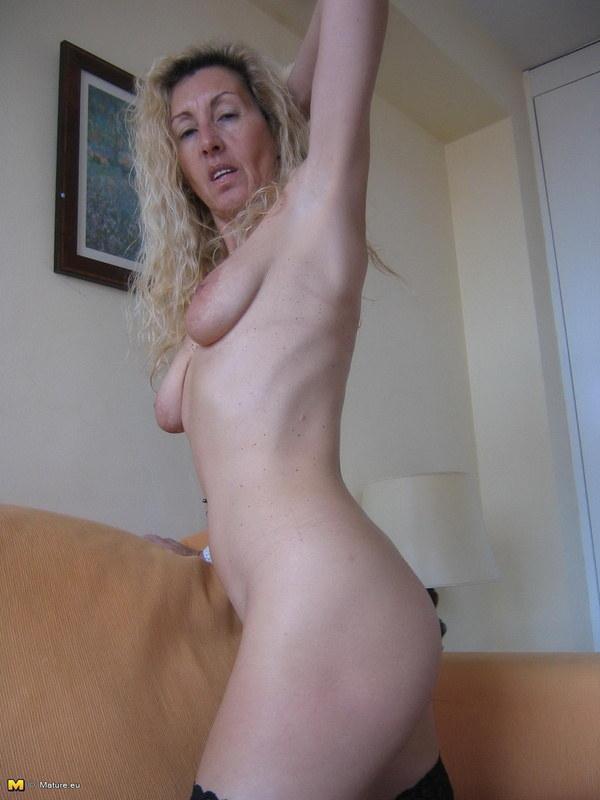 Секс со скромницами с обвисшей грудью видео