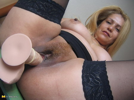 Голая толстая соседка хочет секса