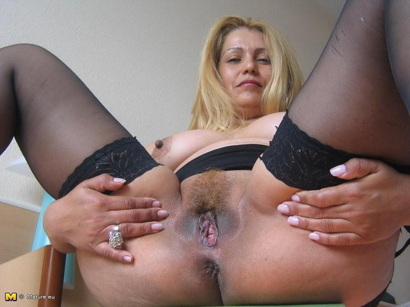 Бесплатное порно фото зрелых женщин крупным планом