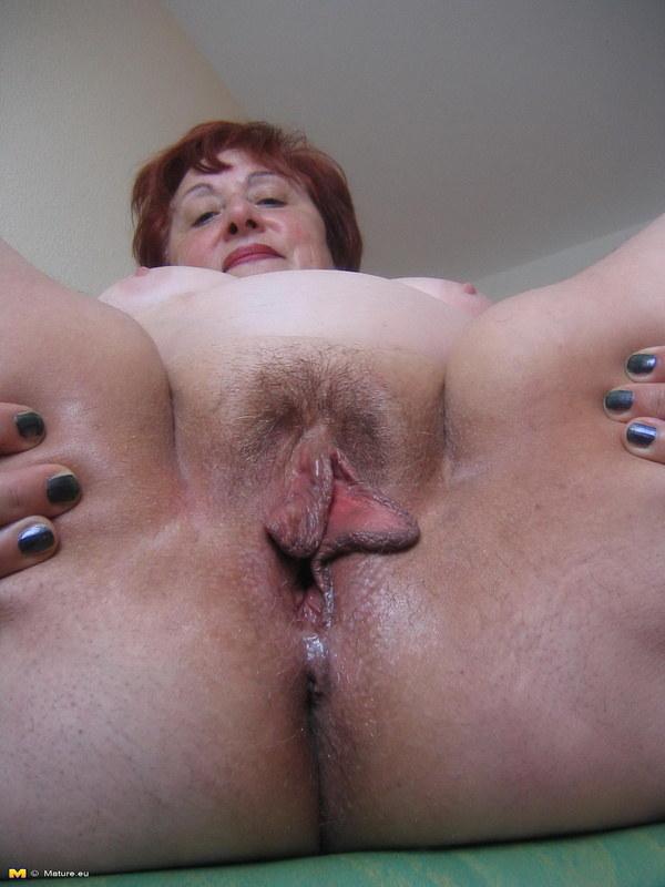 Жену босса, порно сосание огромных роскошных клиторов