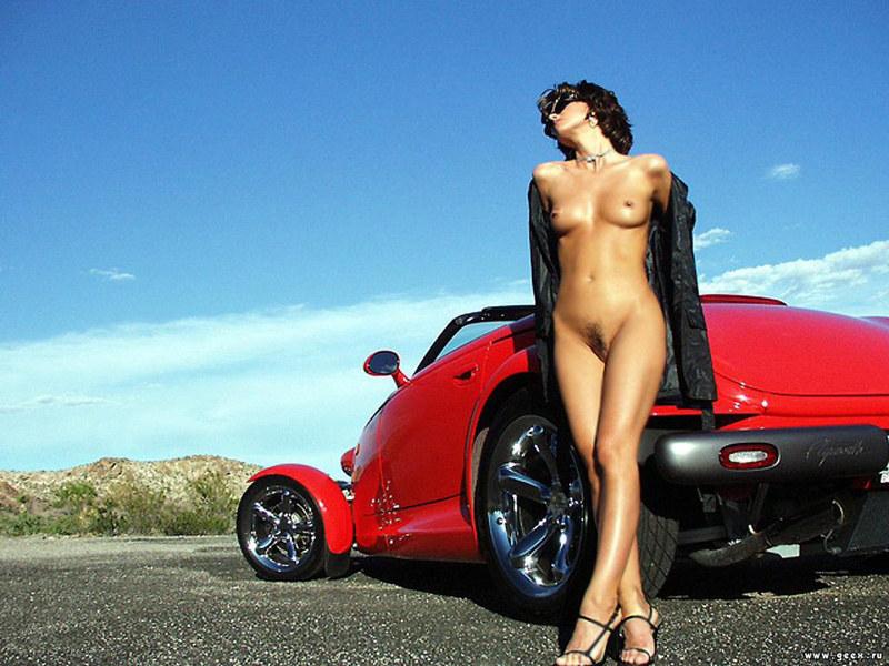 Авто и эротическая девушка фотосессия