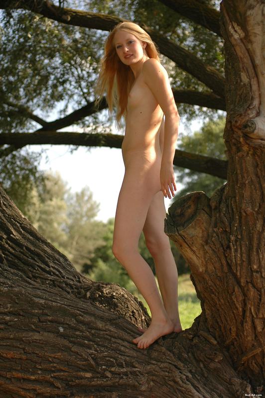 Эротические фото на природе