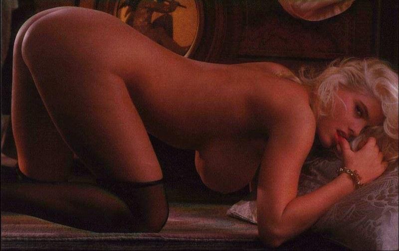 Famous celebrity women naked