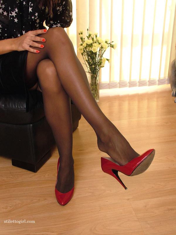 Ножки женские в колготках фото 72161 фотография