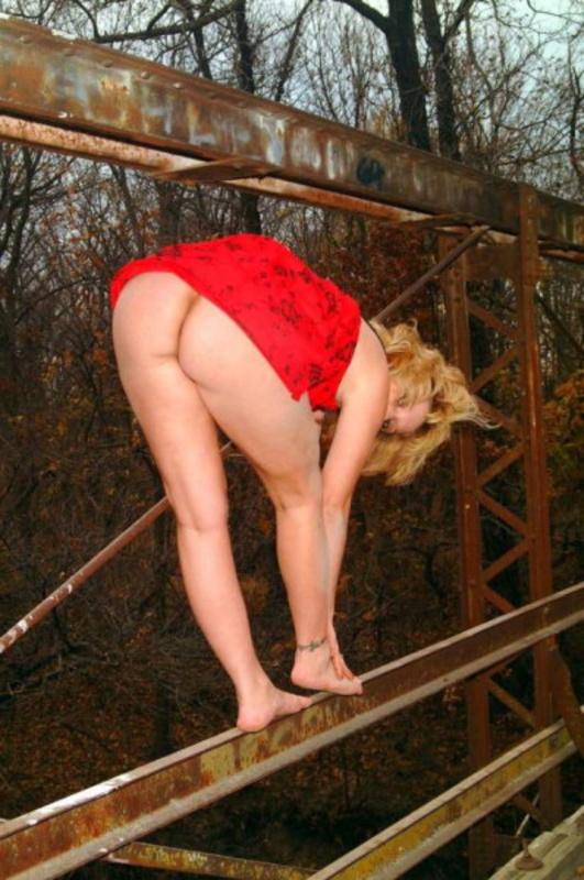 Сочные телочки без нижнего белья - жаркие летние фотки!