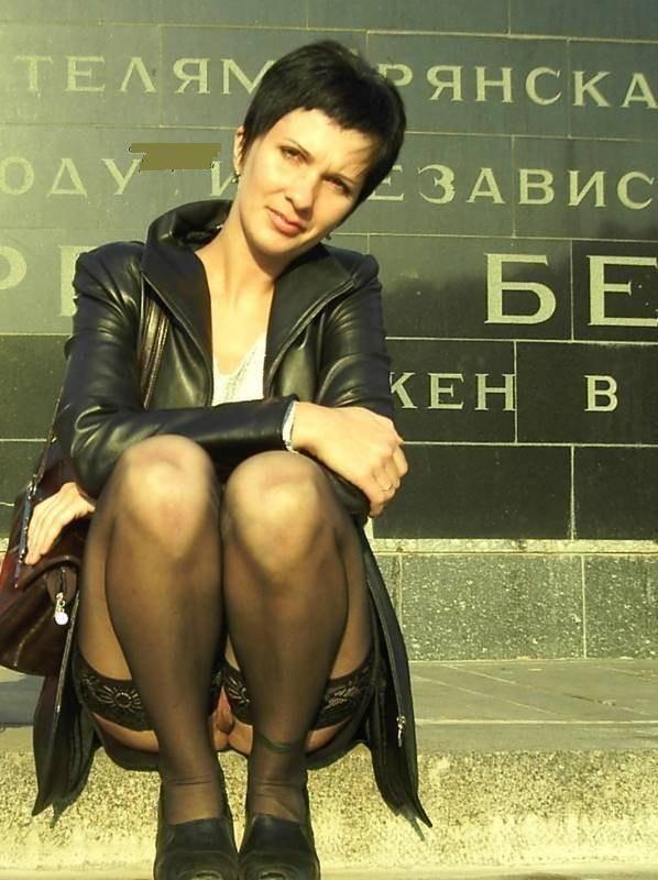 подсмотренное без трусов женщины фото