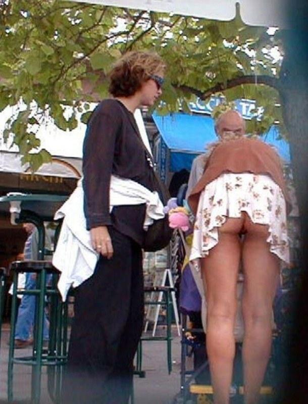 У жены под юбкой фото 58976 фотография