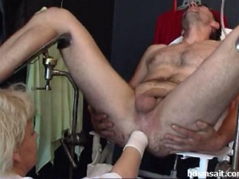 порно видео проктолог расширил анус