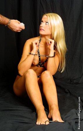 Порно галерея связывания