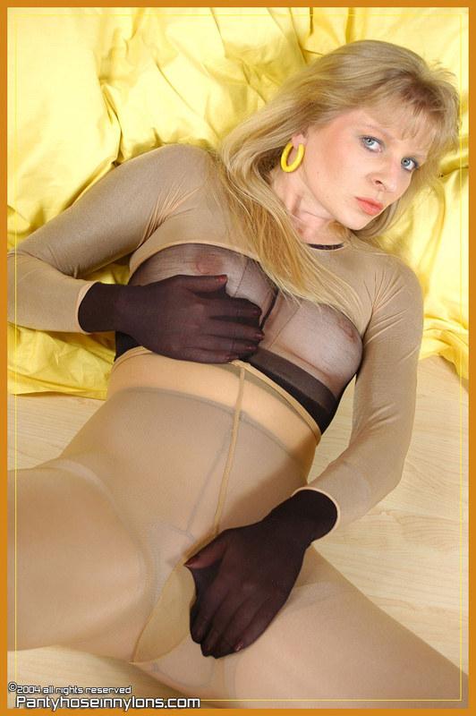 Проститутка в колготках