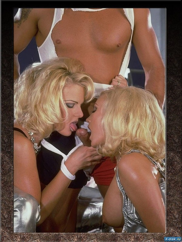 порно фото в стилях 80-х