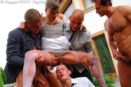 после свадба трахает девушку