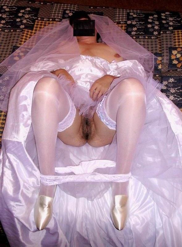 подсмотреть невесты порно фото