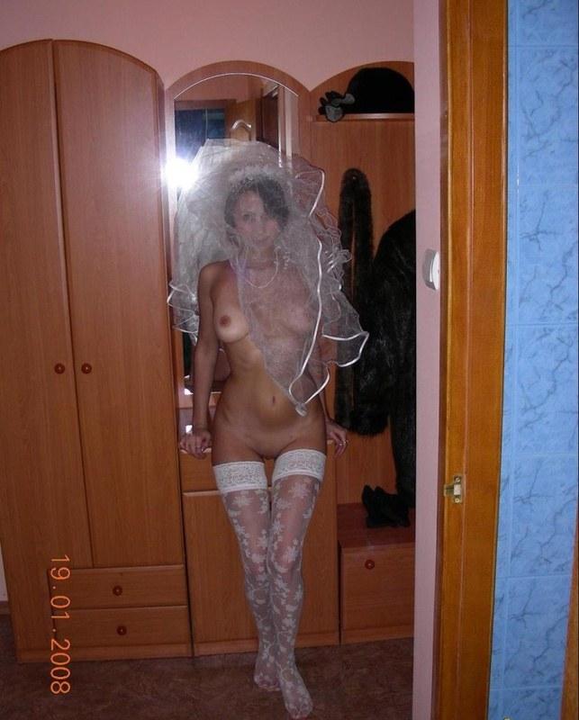 Порно видео домашнее молодожены смущенная жена, интим товары интернет магазин спб