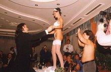 На свадьбе главное блюдо это Невеста!