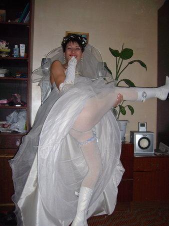 Порно-фото галереи ебут невест, мириться подругой