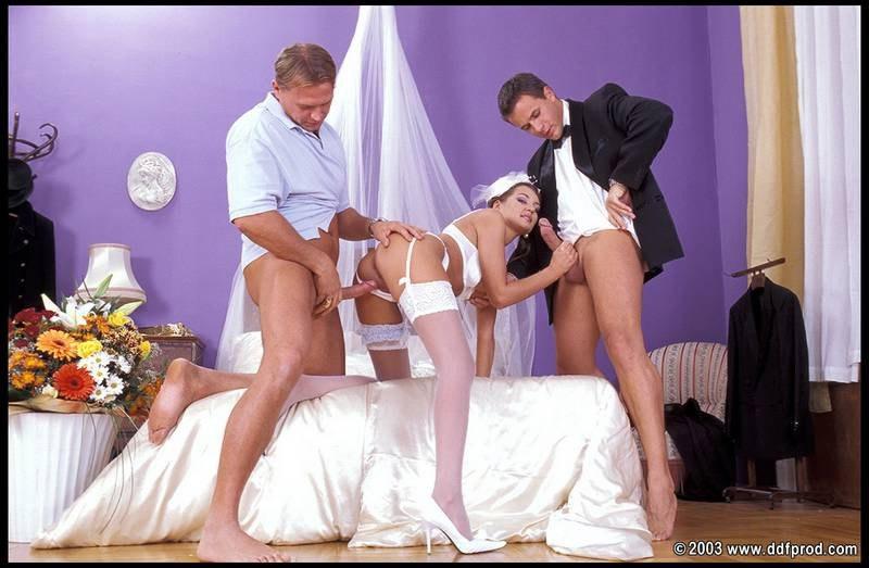 Смотреть порно видео невеста на свадьбе ебется со свекром