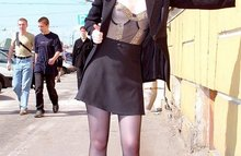 Русские девчонки показывают себя на улицах