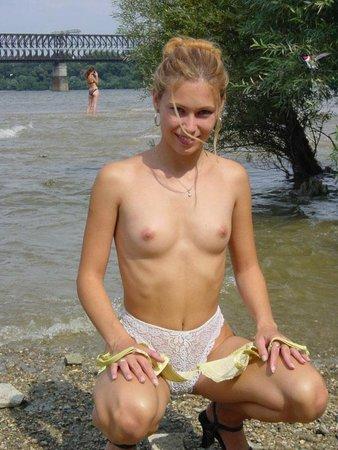 знакома Порно мама и дочь в хорошем качестве над попали самую