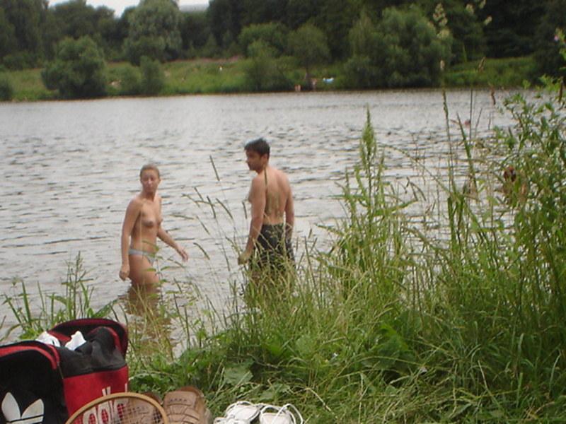 Фото нудисты на речках