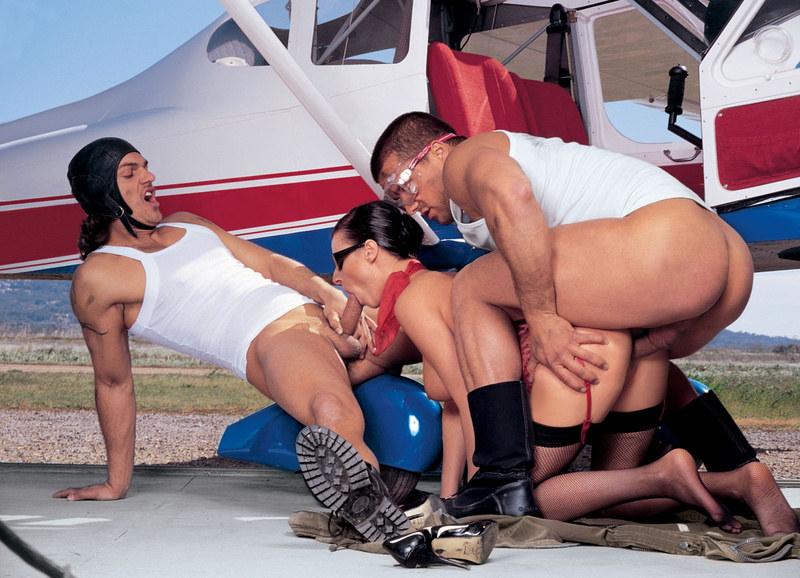 фото стуардесы и пилота в полете порно