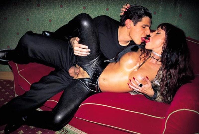 порно с девушкой в штанах-хг3
