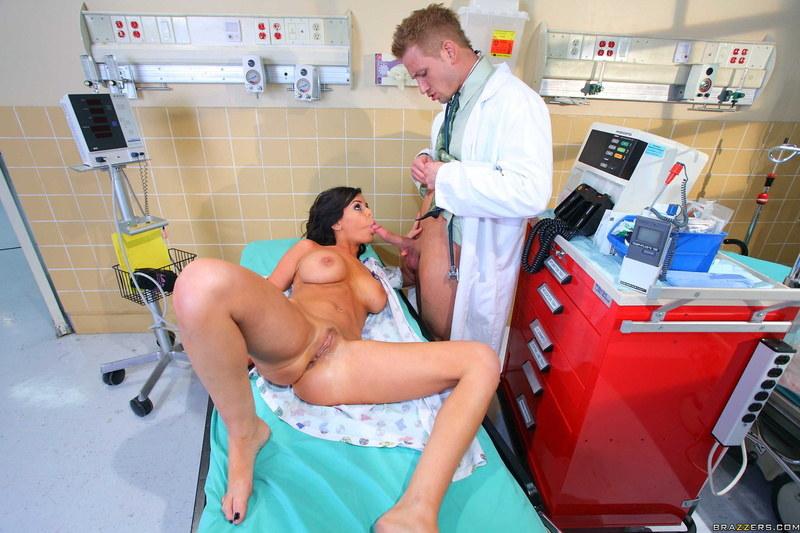 секс в больнице онлайн смотреть