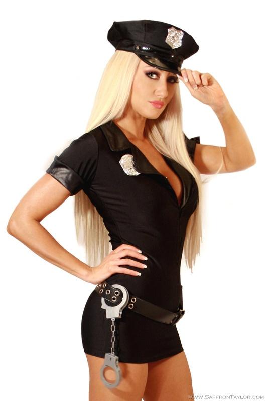 Полицейская давалка