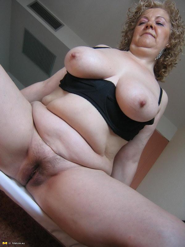 Толстые грудастые волосатые порно фото