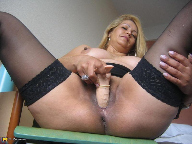 порно фото мастурбация мамаш
