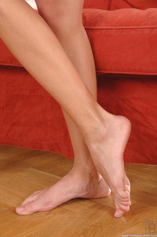Порно фетиш женских ног