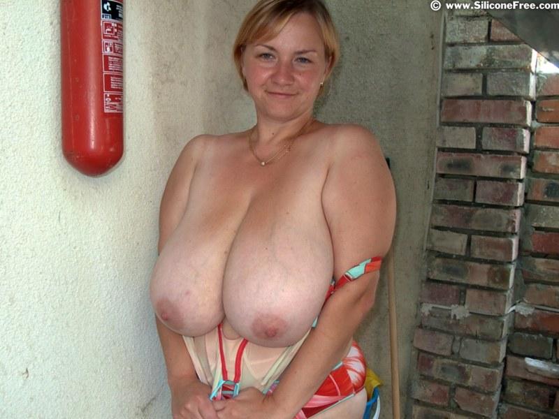 Wife breast bondage