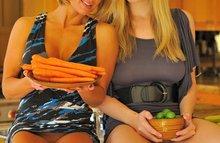 Огурчики и морковки вместо члена