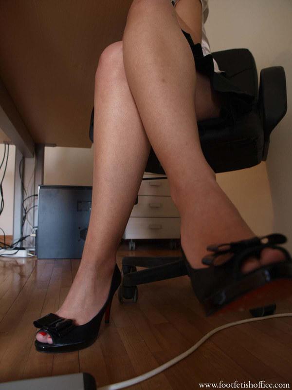 Чулках стом в фото под ножки