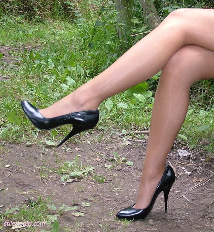 Секси ножки онлайн видео 191