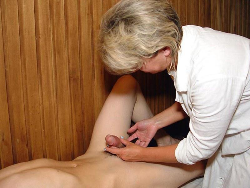 Эротика массаж на член