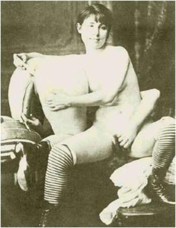 devushka-v-bane-erotika
