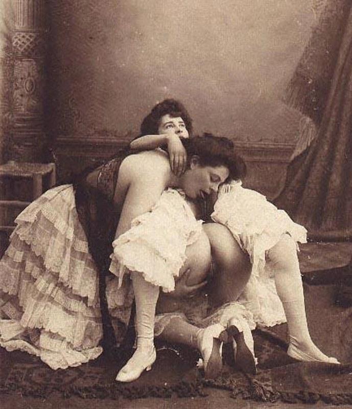 19 смотреть веках в эротика