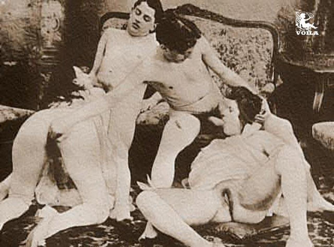 Историческое ретро порно онлайн произнес