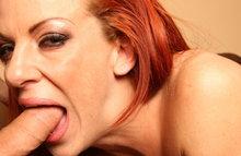 За время секса с сучкой успел побывать во всех ее щелях
