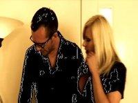 Мишель Торн даёт интервью во время съёмки