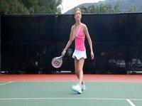 Блондинка после тенниса отправилась в баньку