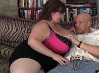 Жирдяйка Лекси с безразмерной жопой и титьками