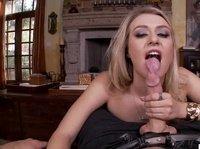 Блондинки дождались прихода долгожданного секса