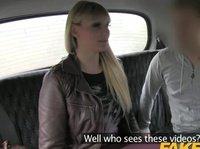 Сисястая домохозяйка расплатилась телом за такси