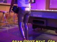С симпатяшкой азиаткой погулял весело и отодрал горячо