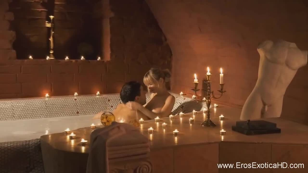 На секс смотреть свечах при видео кровати